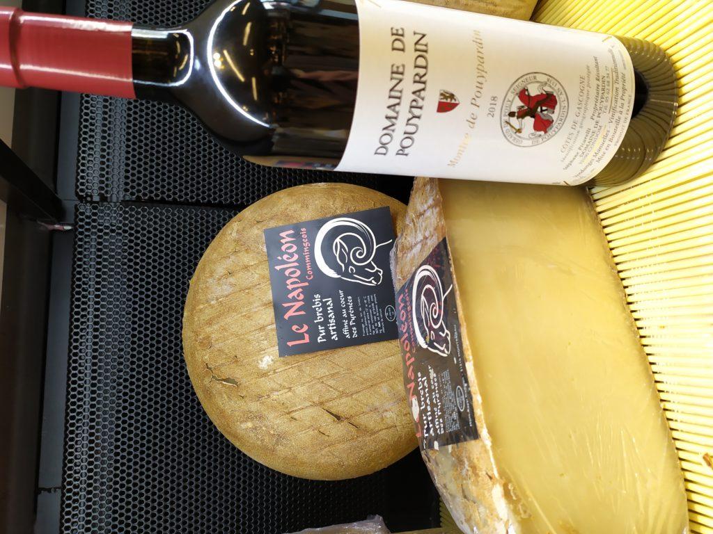 fromage Napoléon en vente dans la crémerie de Lectoure dans le Gers