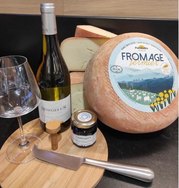 acheter du fromage de brebis dans la crèmerie des Fleurons à Auch